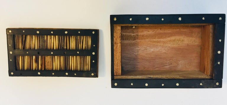 Antique Anglo Indian Box Handcrafted in Ebony and Porcupine Quills For Sale 5