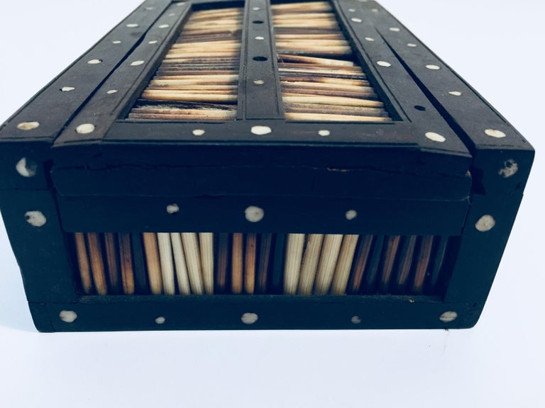Sri Lankan Antique Anglo Indian Box Handcrafted in Ebony and Porcupine Quills For Sale