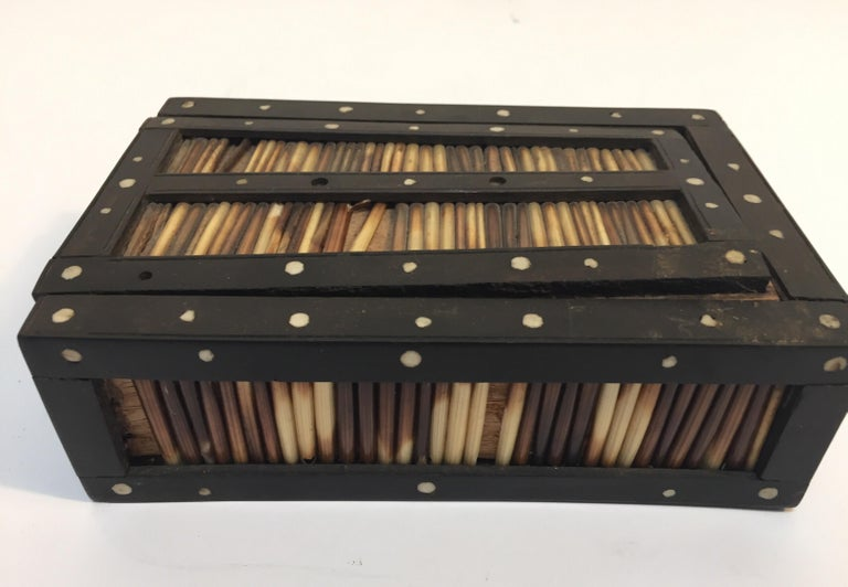 20th Century Antique Anglo Indian Box Handcrafted in Ebony and Porcupine Quills For Sale