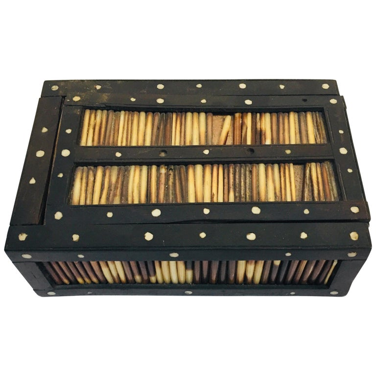 Antique Anglo Indian Box Handcrafted in Ebony and Porcupine Quills For Sale