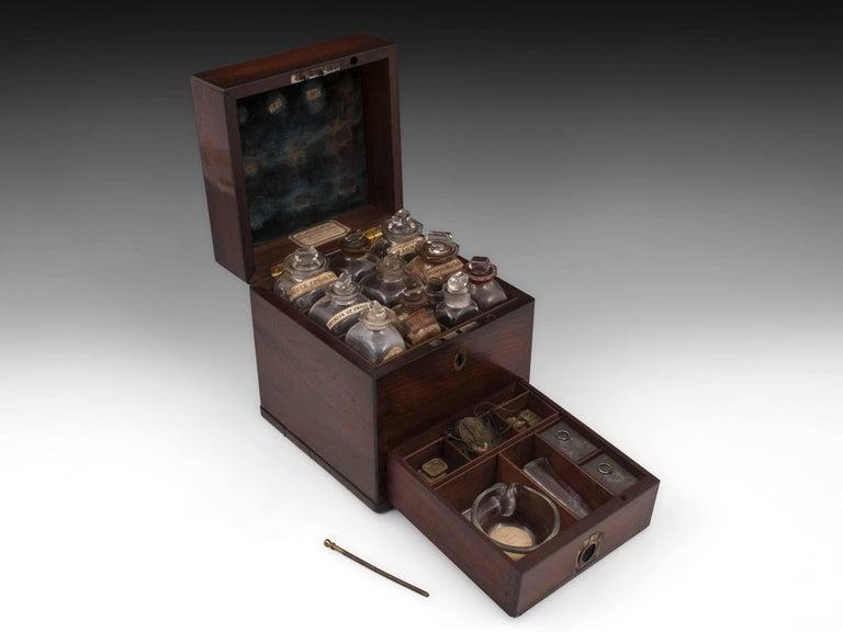 Antique Apothecary Medicine Box G. Marhsall & Co, 19th Century 1