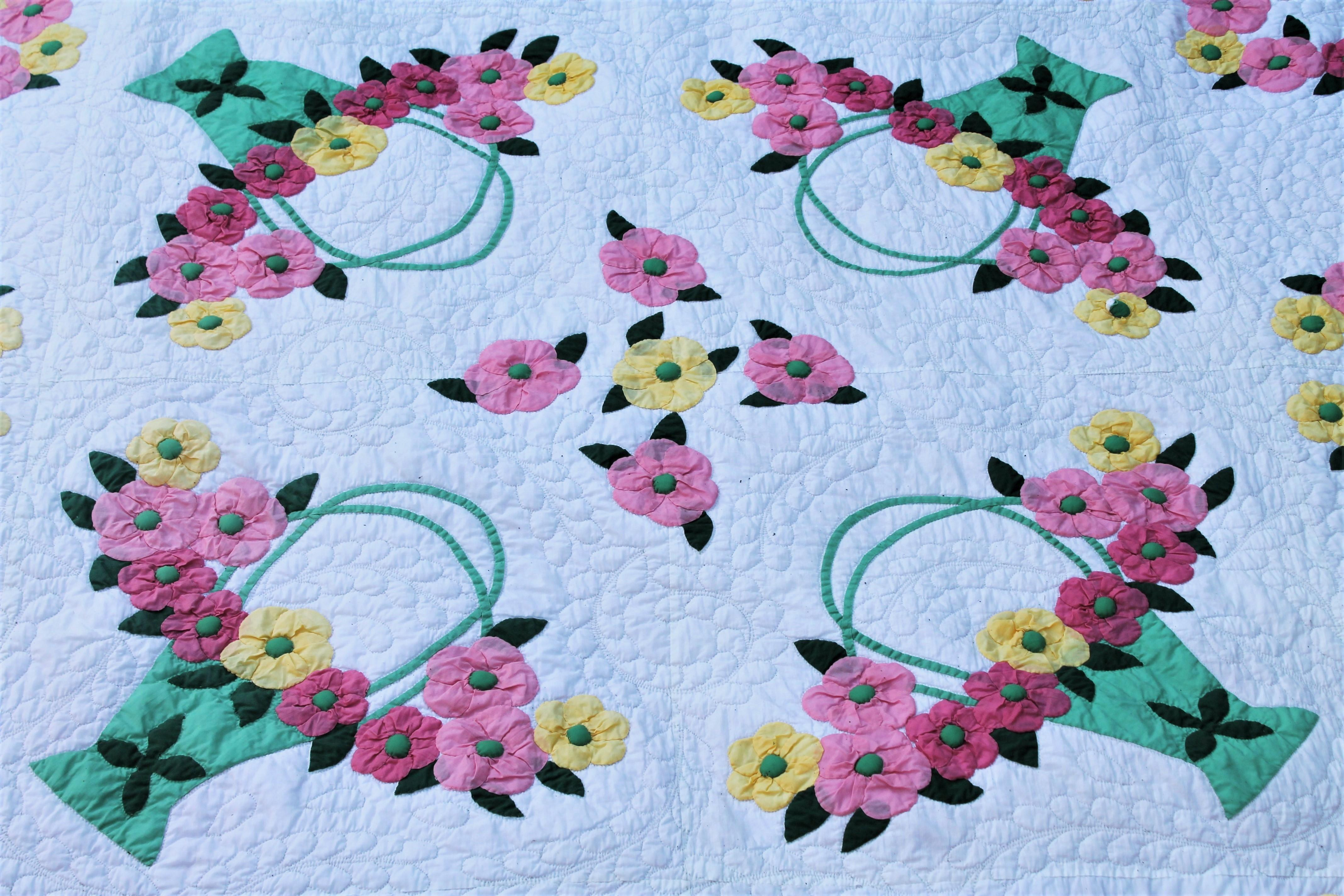Antique applique quilt of dogwood flowers for sale at stdibs