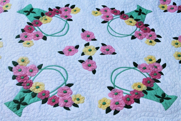 Antique applique quilt of dogwood flowers for sale at 1stdibs