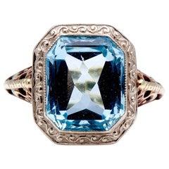 Antique, Art Deco, 14 Carat Gold, Single Aquamarine Ring