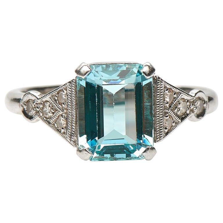 Antique, Art Deco, 18 Carat Gold, Platinum, Aquamarine and Diamond Engagement For Sale