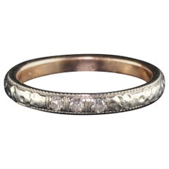 Antique Art Deco 18 Karat White Gold Two-Tone 3-Stone Diamond Wedding Band
