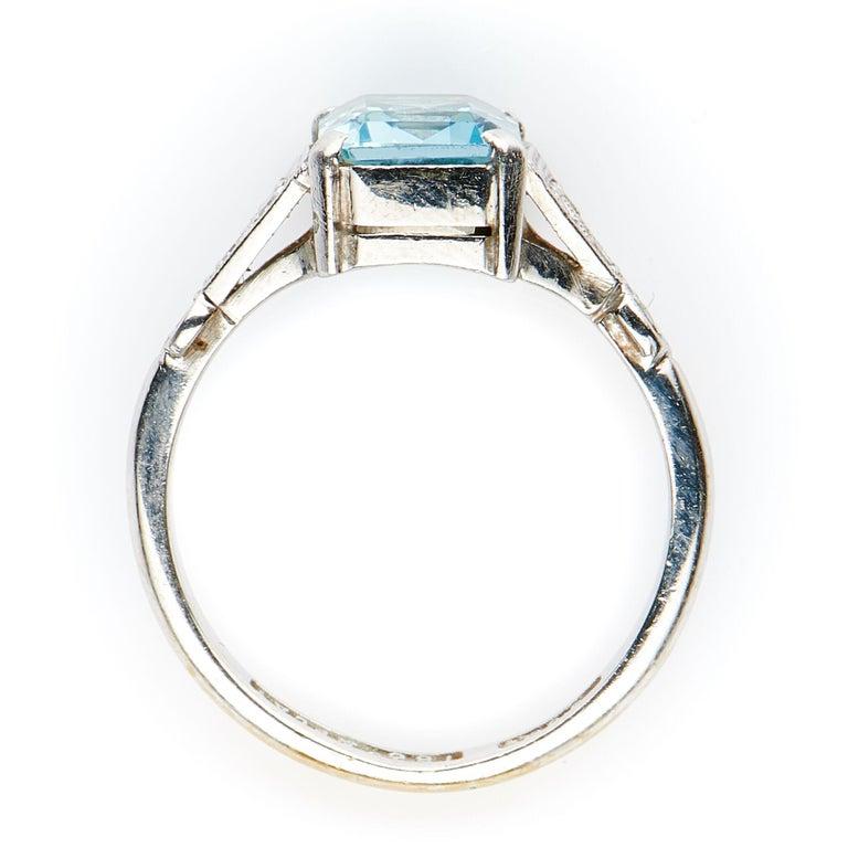 Women's Antique, Art Deco, 18 Carat Gold, Platinum, Aquamarine and Diamond Engagement For Sale