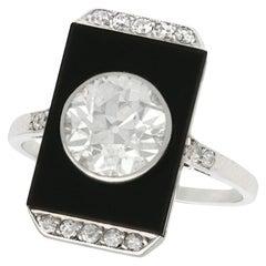 Antique Art Deco 1920s 2.56 Carat Diamond and Black Onyx Platinum Cocktail Ring
