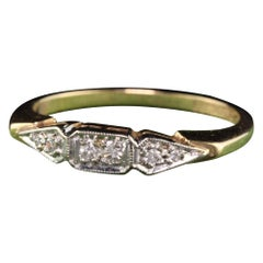 Antique Art Deco Art Carved Woodcrest 14 Karat Yellow Gold Diamond Wedding Band
