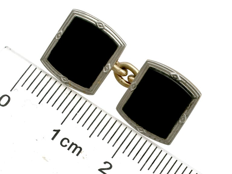 Antique Art Deco Black Onyx and Yellow Gold Platinum Set Cufflinks For Sale 1