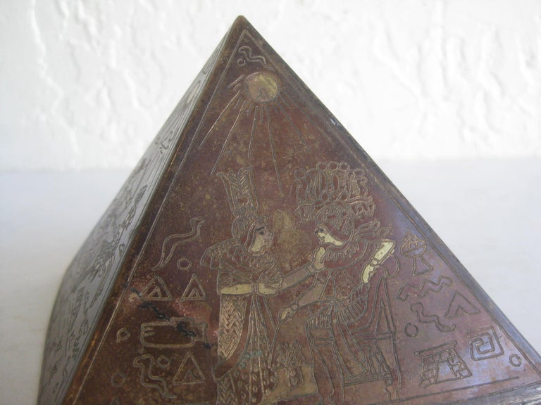 Antique Art Deco Brass & Copper Egyptian Revival Pyramid Desk Statue Paperweight For Sale 6