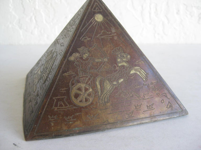 Antique Art Deco Brass & Copper Egyptian Revival Pyramid Desk Statue Paperweight For Sale 4
