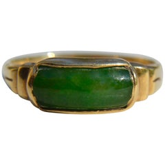 Antique Art Deco Era 1920s Nephrite Jade 14 Karat Gold East West Signet Ring