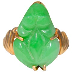 Antique Art Deco Jade Frog 18 Karat Gold Ring