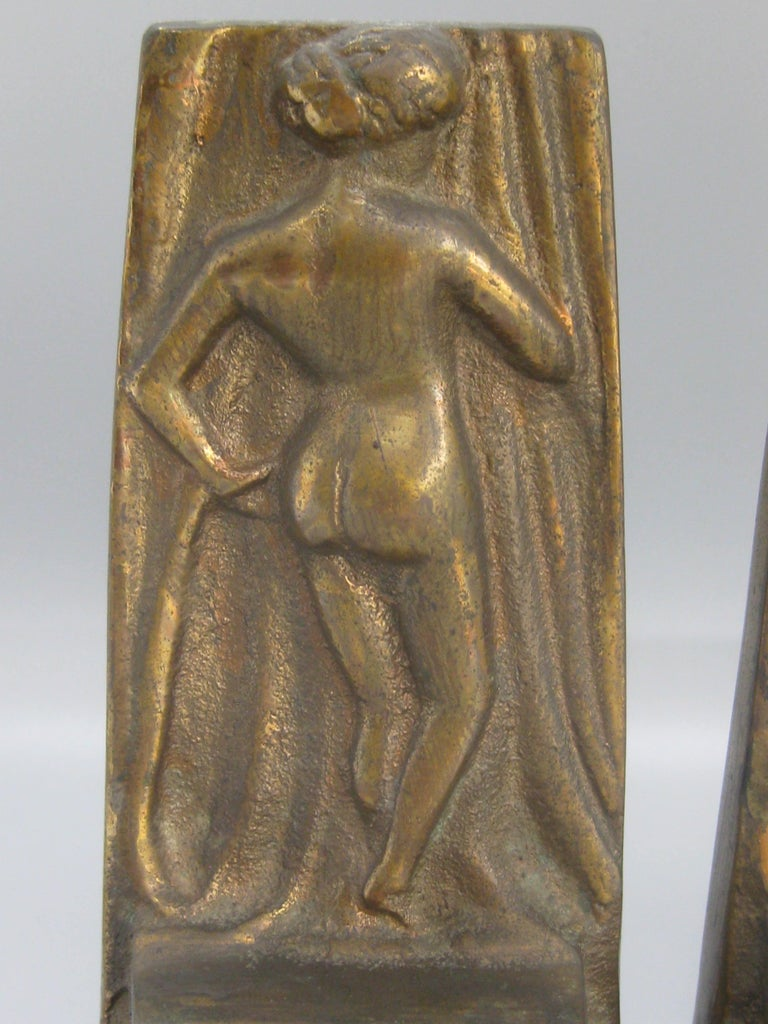 Antique Art Deco Nude Lady Woman Figural Cast Brass Bookends Hubley Era In Good Condition For Sale In San Diego, CA