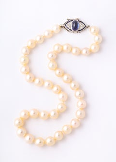 Antique Art Deco Pearl Necklace with Sapphire Clasp