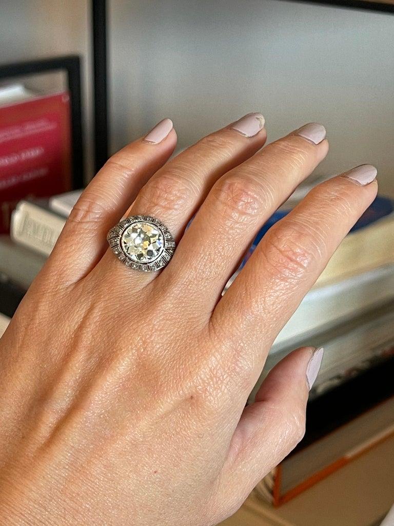Antique Art Deco Platinum 4 Carat Old European Cut Diamond Ring For Sale 3