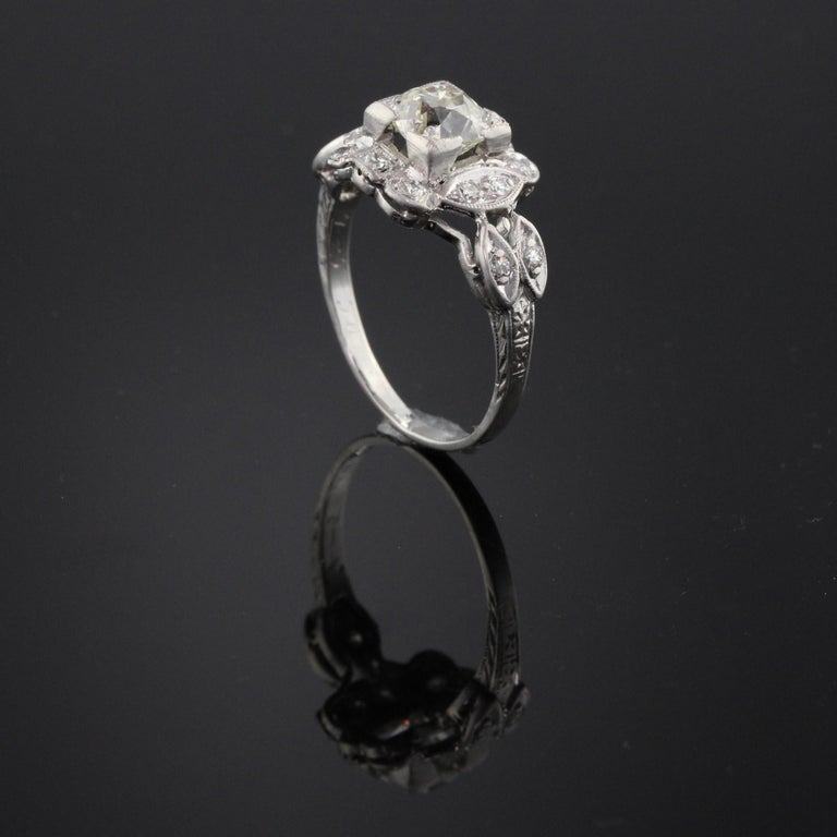Antique Art Deco Platinum and Diamond Engagement Ring GIA In Good Condition For Sale In Great Neck, NY
