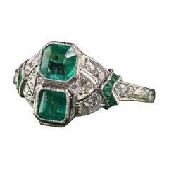 Antique Art Deco Platinum Emerald and Diamond Filigree Ring