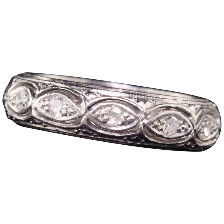 Antique Art Deco Platinum Filigree Diamond Wedding Band For Sale