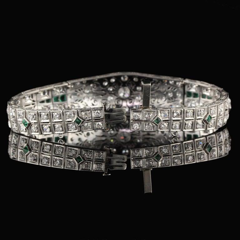 Antique Art Deco Platinum Old Euro Cut Diamond and Emerald Bracelet For Sale 1