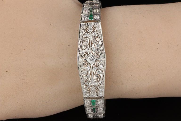Antique Art Deco Platinum Old Euro Cut Diamond and Emerald Bracelet For Sale 2