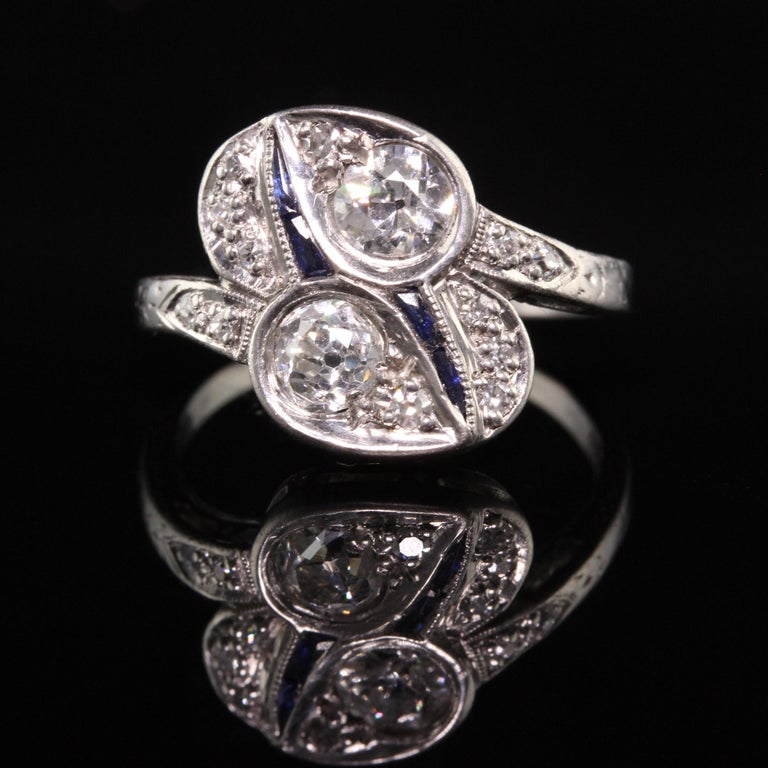Old European Cut Antique Art Deco Platinum Old European Diamond Toi et Moi Ring For Sale