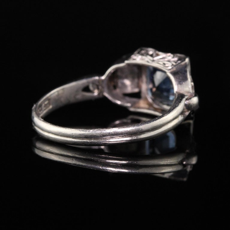 Antique Art Deco Platinum Sapphire Engagement Ring In Good Condition For Sale In Great Neck, NY