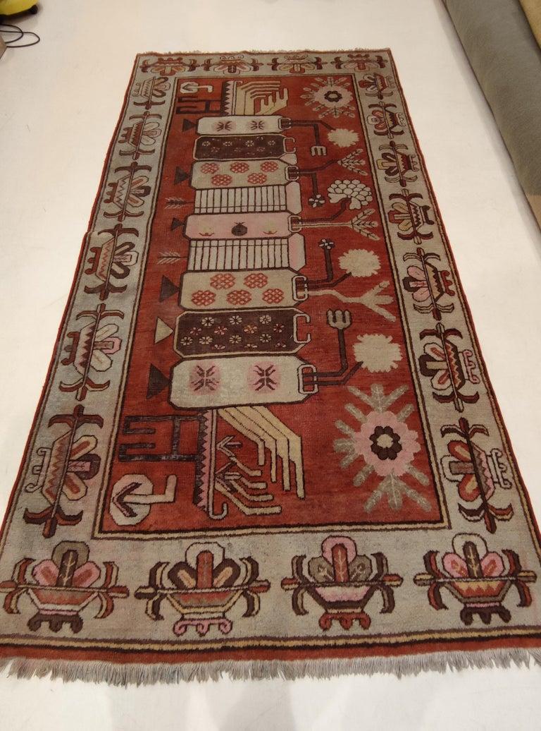 Antique Art Deco Samarkand Prestige Rug with Flowering Antique Chinese Vases For Sale 4