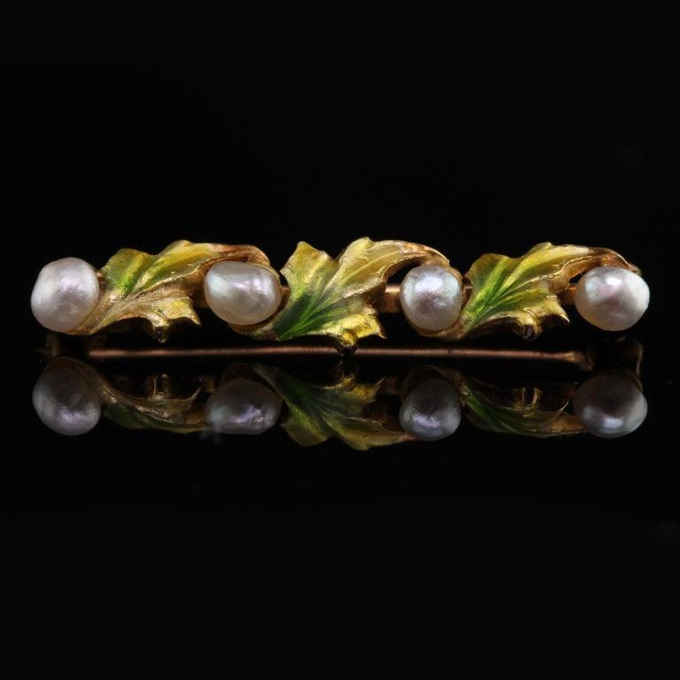 Women's or Men's Antique Art Nouveau 14 Karat Yellow Gold, Pearl and Enamel Leaf Bar Brooch For Sale
