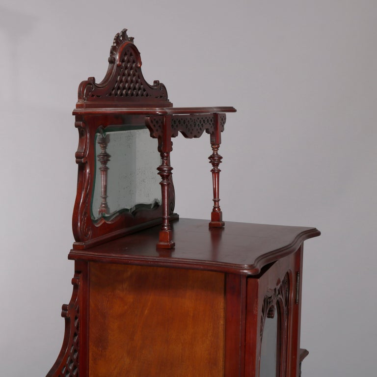 Antique Art Nouveau Carved Mahogany Reticulated Étagère, circa 1900 In Good Condition For Sale In Big Flats, NY
