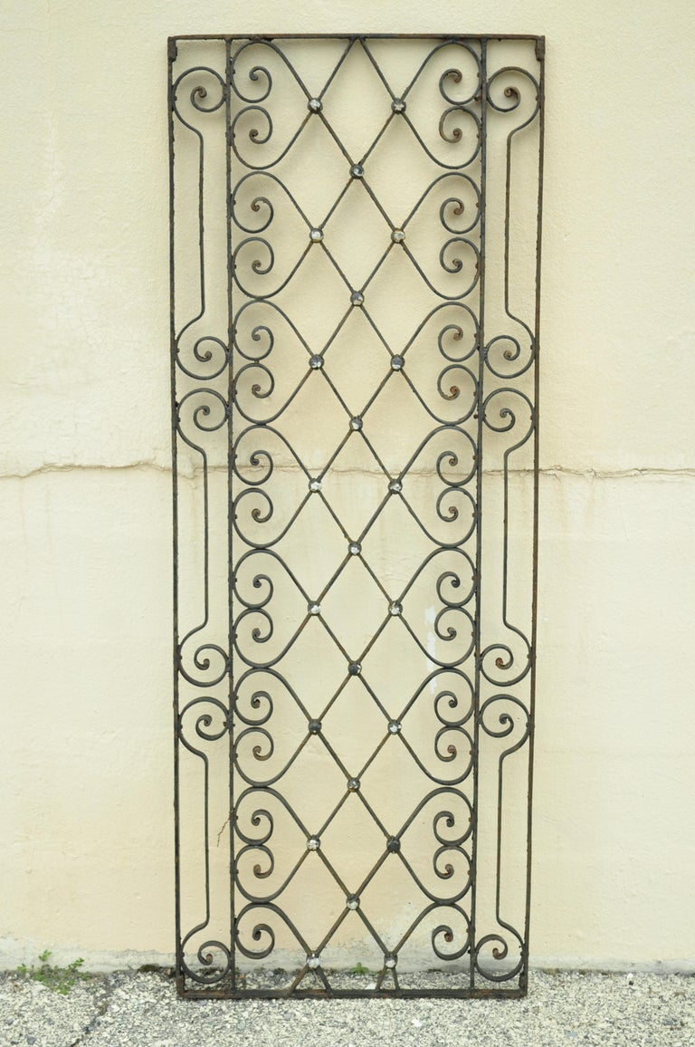 Antique Art Nouveau French Style Wrought Iron Scrolling Scrollwork Gate For Sale 6