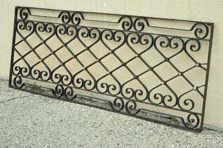 Antique Art Nouveau French Style Wrought Iron Scrolling Scrollwork Gate For Sale 7