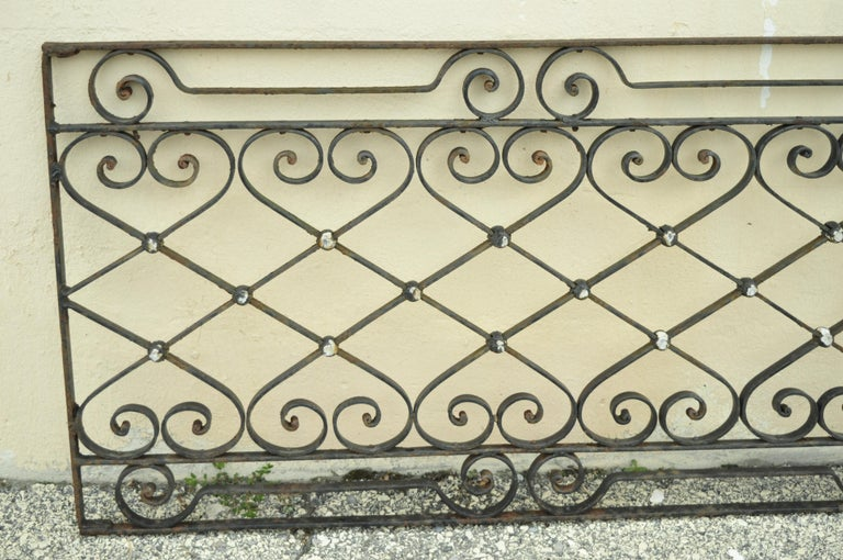 North American Antique Art Nouveau French Style Wrought Iron Scrolling Scrollwork Gate For Sale