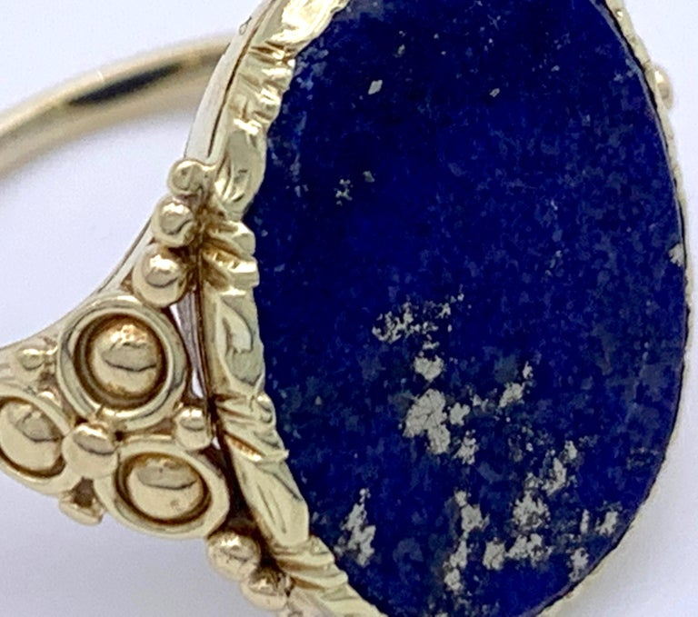 Antique Art Nouveau Lapis Lazuli Gold Signet Ring In Good Condition For Sale In Munich, Bavaria