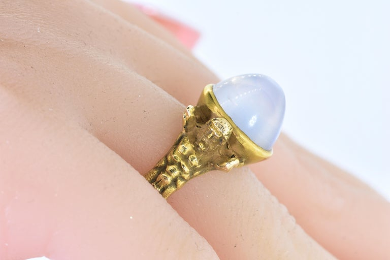 Women's or Men's Antique Art Nouveau Natural Moonstone and Gold Figural Ring, circa 1900 For Sale