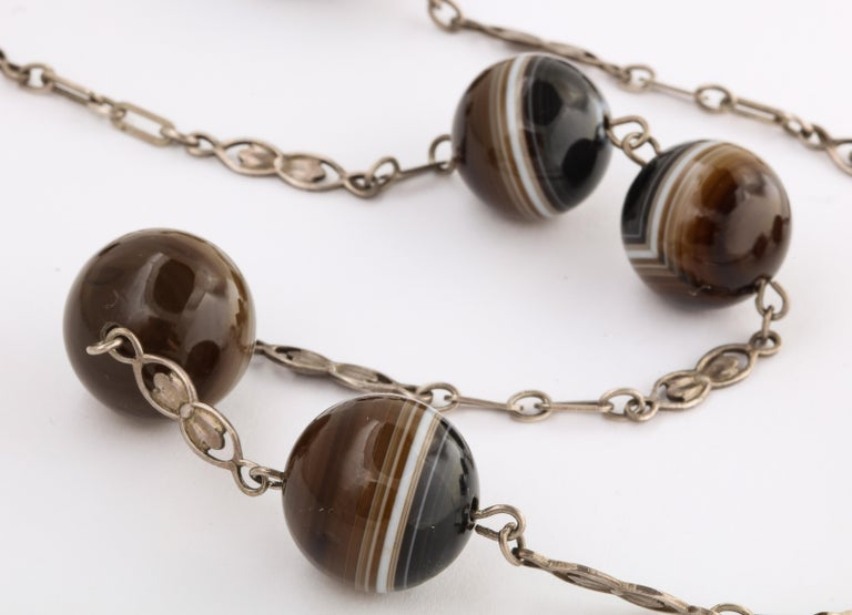 Antique Art Nouveau Sterling and Banded Agate Chain In Excellent Condition For Sale In Stamford, CT