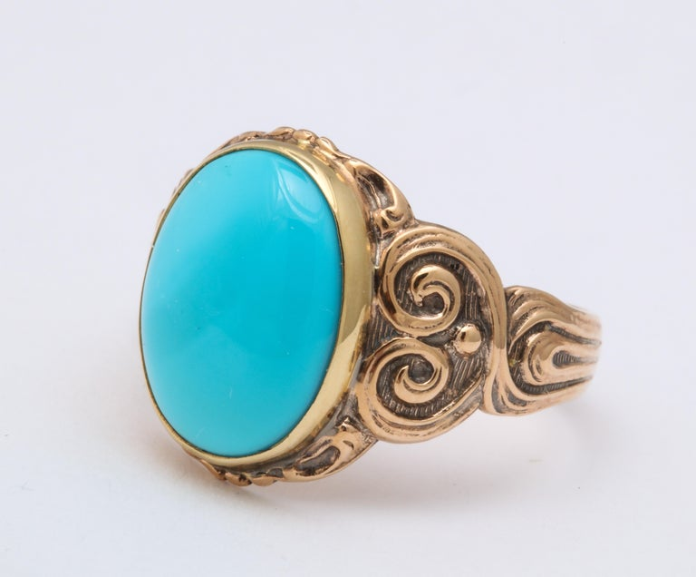 Antique Art Nouveau Turquoise and Gold Ring In Excellent Condition For Sale In Stamford, CT