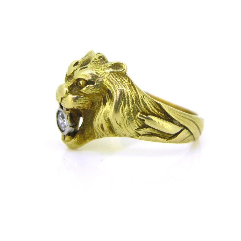 Women's or Men's Antique Art Nouveau Yellow Gold Platinum Diamond Lion Head Ring For Sale