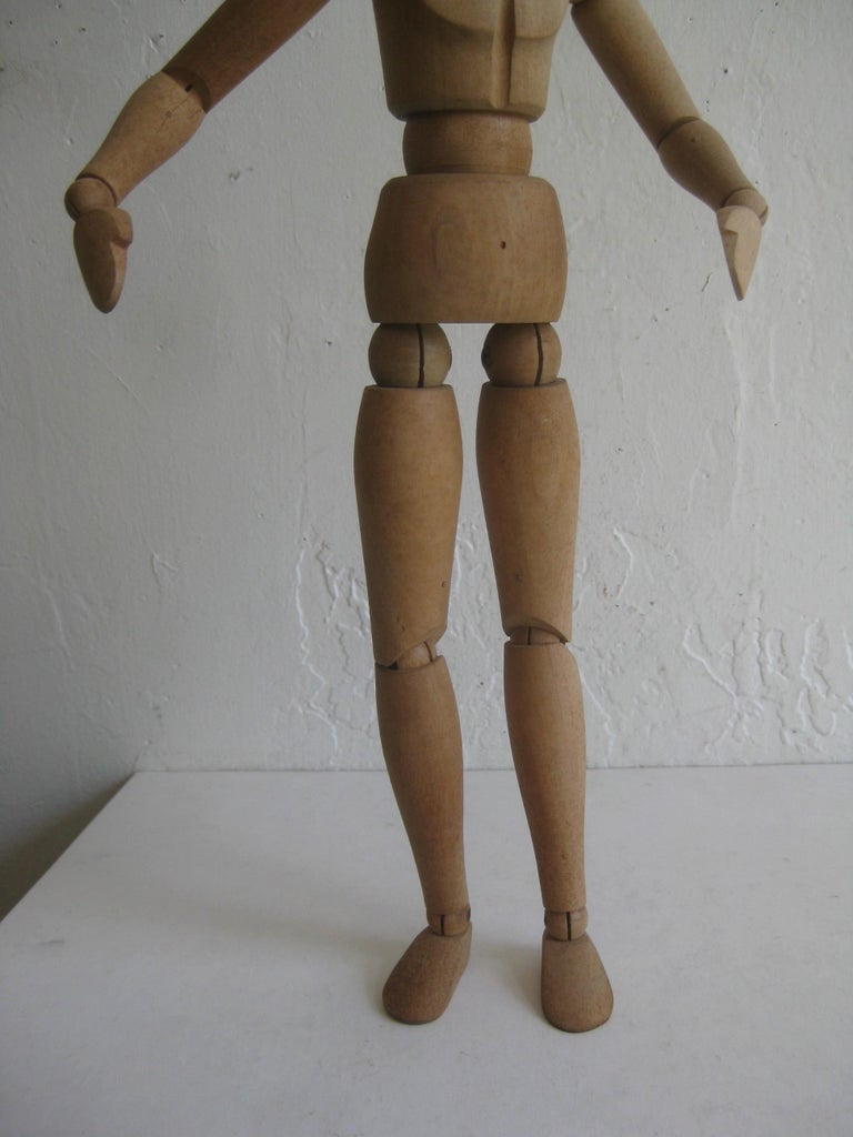 Antique Articulated Wood Nude Artist Figural Model Sculpture Statue In Excellent Condition For Sale In San Diego, CA