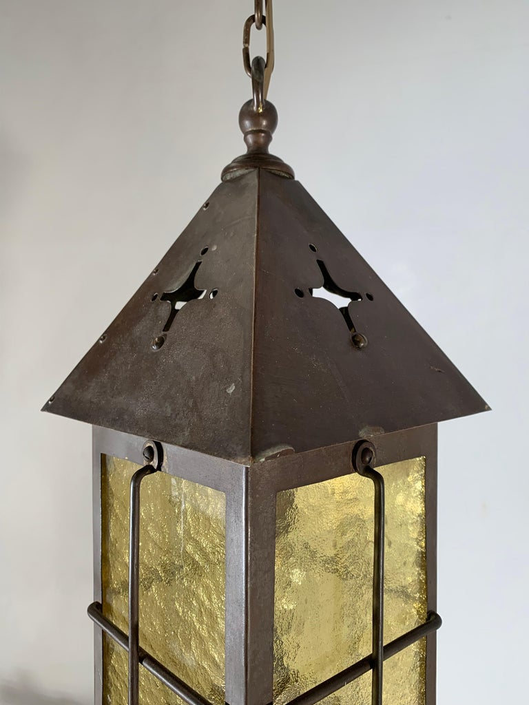 Antique Arts & Crafts Brass and Cathedral Glass Lantern or Pendant or Hall Light In Good Condition For Sale In Lisse, NL