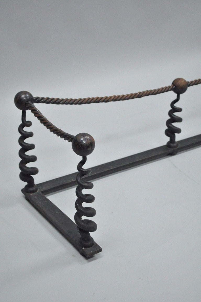 Antique Arts & Crafts Hand-Wrought Iron Spiral Twist Fireplace Mantle Fender In Good Condition For Sale In Philadelphia, PA