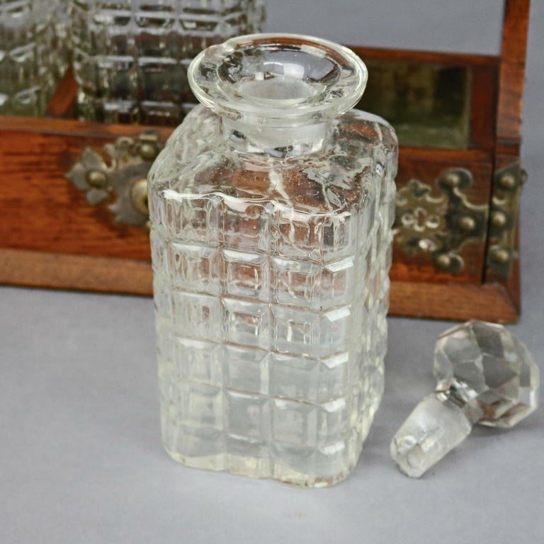 Antique Arts & Crafts Oak Tantalus Set with Three Decanters, circa 1900 For Sale 1
