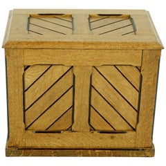 Antique Ash Trunk, Arts & Craft Log Box or Toy Box, Scotland 1900, B1873
