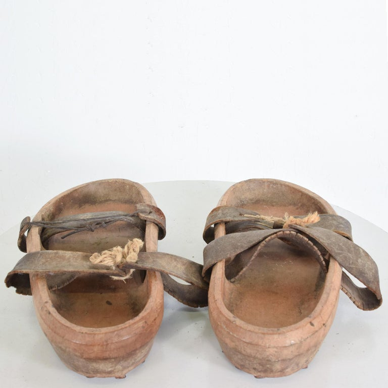 Antique Asian Wood Clog Shoes Open Toe Sandals Leather Strap & Cleats In Fair Condition For Sale In National City, CA
