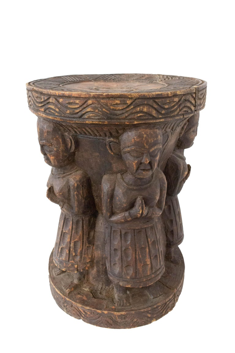 Antique Asian Stool Four Characters, 19th Century In Good Condition For Sale In , South West France