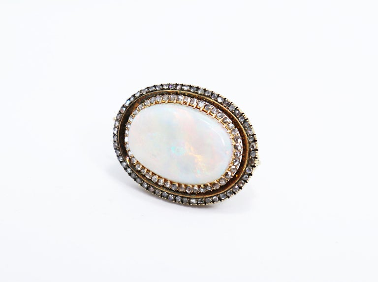 Late Victorian Antique Australian Opal and Diamond 18 Carat Gold Brooch, circa 1900s For Sale