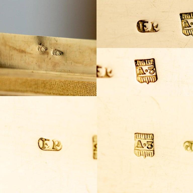 Antique Austrian 18 Karat Four-Color Gold Snuff Box, Felix Paul, circa 1810 For Sale 8