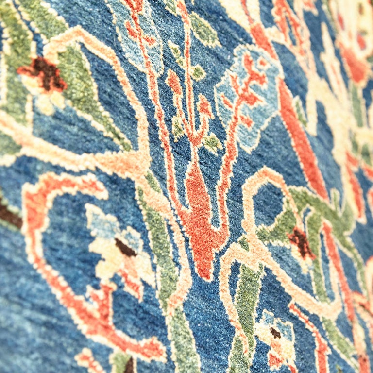 Antique Azeri Arts & Crafts Turkey Hand Knotted Large Rug, 1980 For Sale 3