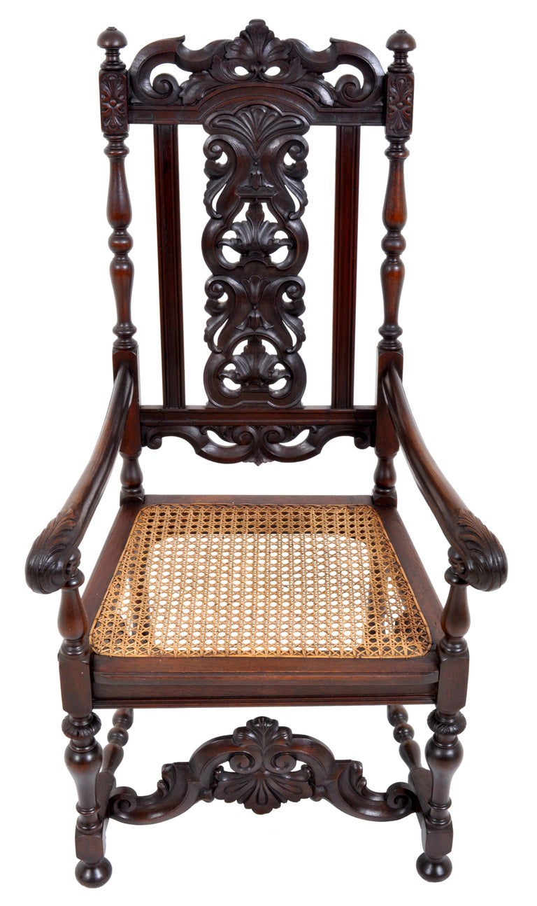 Antique Baroque Carved Walnut Throne Chair, circa 1880 In Good Condition For Sale In Portland, OR